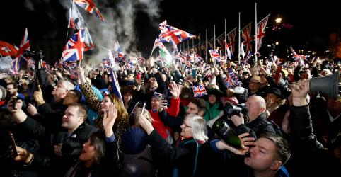 Placeholder - loading - Imagem da notícia Reino Unido finalmente deixa União Europeia, para um futuro incerto