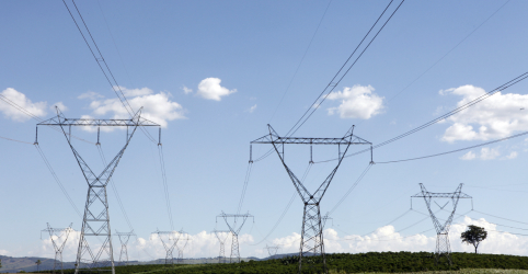 Placeholder - loading - Imagem da notícia ENTREVISTA-Estatal Nuclep expande e prevê faturar R$300 mi com torres de energia até 2022