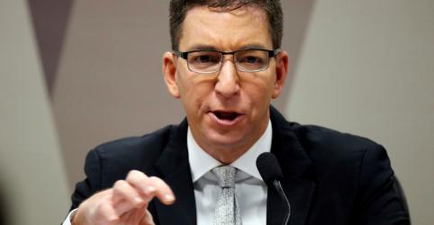 Placeholder - loading - Juiz adia, por ora, decisão sobre denúncia contra jornalista Glenn Greenwald