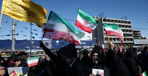 Placeholder - loading - Milhares de iranianos celebram Revolução Islâmica em meio a crescentes tensões com EUA