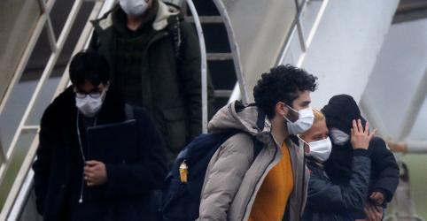 Placeholder - loading - Imagem da notícia Brasileiros em quarentena não têm coronavírus; país acompanha 8 casos suspeitos