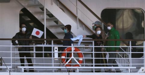 Placeholder - loading - Casos de coronavírus em navio japonês vão a 175, incluindo autoridade de quarentena