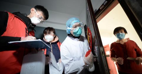 Placeholder - loading - Imagem da notícia Coronavírus gera impacto crescente sobre trabalhadores da área da saúde