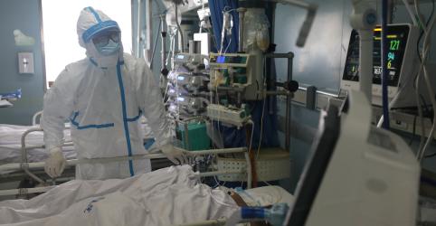 Província de Hubei, na China, registra 139 mortes por coronavírus sexta-feira e 2.420 novos casos