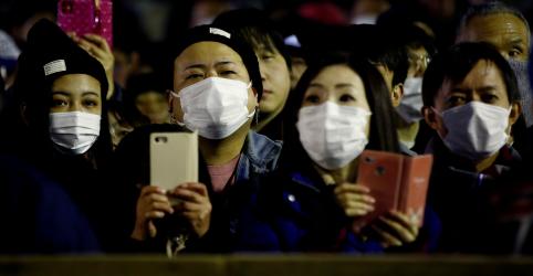Japão restringirá multidões após aumento de infecções de coronavírus