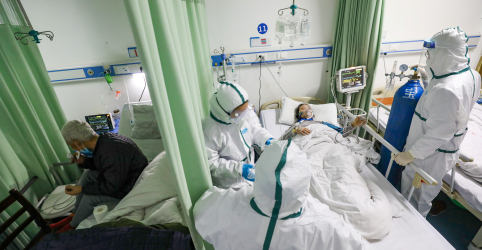 Província de Hubei, na China, reporta 411 novos casos de coronavírus em 20 de fevereiro