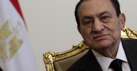 Placeholder - loading - Imagem da notícia Ex-presidente do Egito Hosni Mubarak morre aos 91 anos