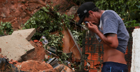 Fortes chuvas deixam ao menos 12 mortos e 46 desaparecidos no litoral de SP