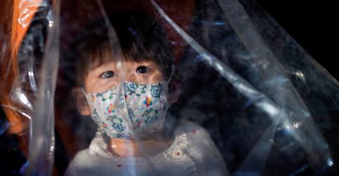 Província chinesa de Hubei não registra novos casos de coronavírus fora da cidade de Wuhan