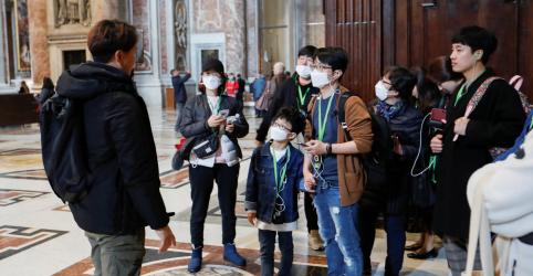 Vaticano relata primeiro caso de coronavírus dentro de seus muros