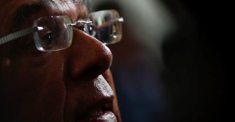 Câmbio de equilíbrio é mais alto e flutuação é atrelada também às reformas, diz Guedes