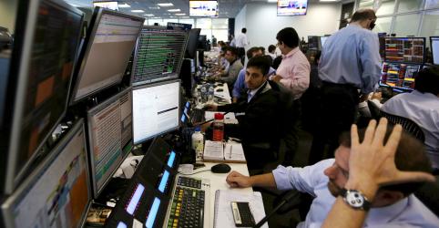 Placeholder - loading - Ibovespa tem maior queda desde 1998 em sessão com circuit breaker; Petrobras perde mais de R$90 bi