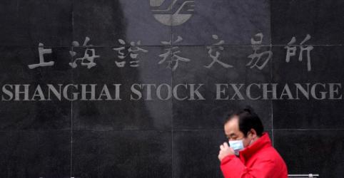 Placeholder - loading - Imagem da notícia Índices da China fecham em alta com queda nos casos de vírus e visita de Xi a Wuhan