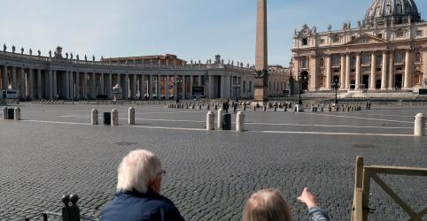 Placeholder - loading - Imagem da notícia Itália acorda com ruas vazias após isolamento inédito por coronavírus