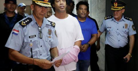 Placeholder - loading - Juiz rejeita pedido de liberdade e Ronaldinho continuará preso no Paraguai