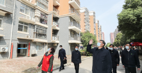 Wuhan é instruída a retomar atividades após recuo do coronavírus na China
