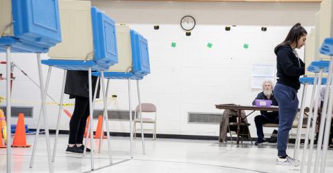 Placeholder - loading - SAIBA MAIS-Contagem de votos e delegados das primárias democratas no Michigan e mais 5 Estados