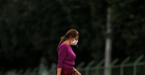 Placeholder - loading - Imagem da notícia Ibovespa amplia queda com temores do coronavírus e tombo de Petrobras