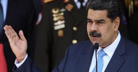 Placeholder - loading - Imagem da notícia Maduro suspende voos da Europa e Colômbia para Venezuela por um mês diante de preocupação com coronavírus