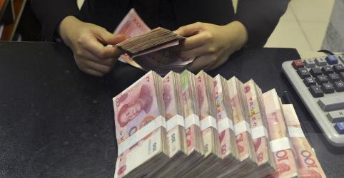 Placeholder - loading - Imagem da notícia China corta compulsório para alguns bancos e injeta US$79 bi para apoiar economia atingida por vírus