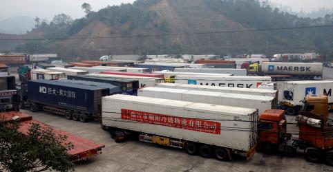 Economia da China tomba após vírus imobilizar fábricas e consumo