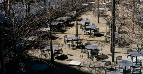 Placeholder - loading - Coronavírus atinge 'coração e alma' dos EUA ao forçar fechamento de bares e teatros em NY e LA