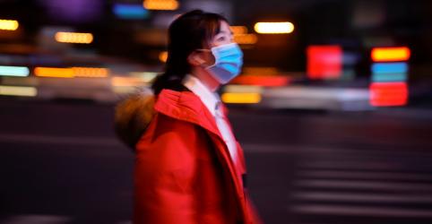 Placeholder - loading - Imagem da notícia Disseminação do coronavírus mostra novos desafios a controle de vírus e a economia da China, diz mídia estatal