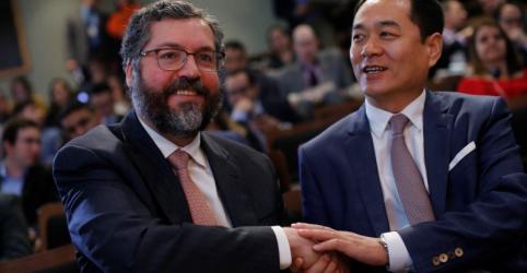 Placeholder - loading - Araújo critica embaixador chinês, mas diz que Eduardo não representa o governo