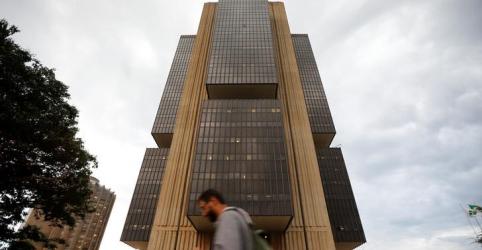 Placeholder - loading - Imagem da notícia Governo autoriza BC a conceder empréstimos a bancos com garantia em debêntures