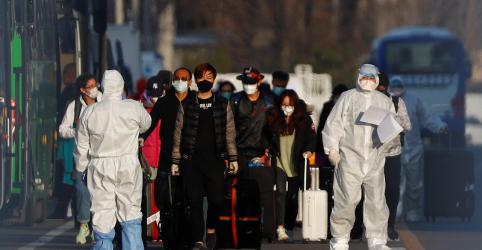 China ordena redução acentuada de voos para conter riscos do coronavírus