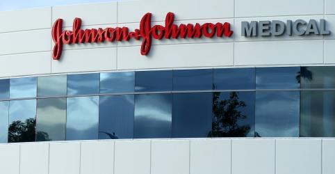 Johnson & Johnson e governo dos EUA planejam fabricar 1 bilhão de doses de vacina contra coronavírus