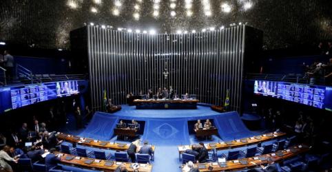 Placeholder - loading - Imagem da notícia Senadores assinam manifesto em defesa do isolamento para diminuir avanço do coronavírus