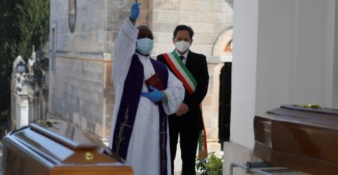 Placeholder - loading - Sem trégua nas mortes por coronavírus na Itália, novos casos se estabilizam
