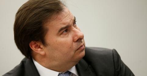 Placeholder - loading - Maia critica relação do governo com Congresso e diz que Guedes cobrou PEC que sequer enviou