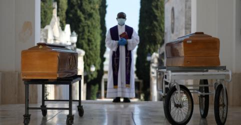 Placeholder - loading - Itália tem menos mortes por coronavírus no dia, mas número de novos casos cresce