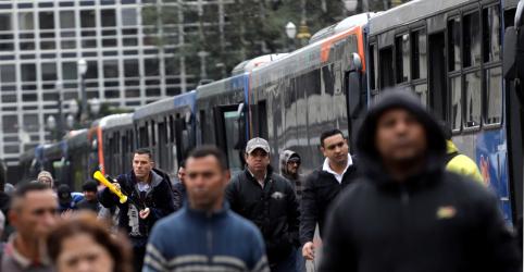 Placeholder - loading - Setor de serviços do Brasil sofre tombo recorde em março por coronavírus, mostra PMI