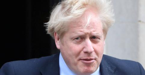 Placeholder - loading - Premiê britânico Boris Johnson é internado em UTI após ter piora em quadro de Covid-19