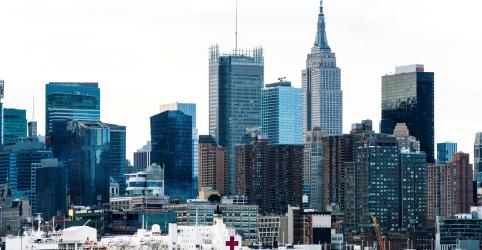 Nova York tem dia com mais mortes provocadas por coronavírus