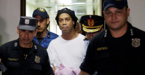 Ronaldinho vai para prisão domiciliar em hotel de Assunção