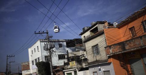 Placeholder - loading - Imagem da notícia Tesouro aportará R$900 mi para isentar baixa renda de conta de luz, dizem fontes