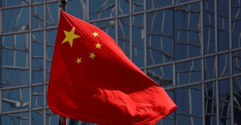 Indústrias da China enfrentam forte queda nas encomendas para exportação em abril, mostram PMIs