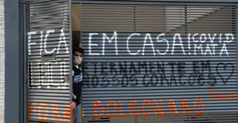 Placeholder - loading - Imagem da notícia ENTREVISTA-Lockdown em São Luís é 'profilático' e pode ser ainda mais rígido, diz Dino em 1º dia da medida