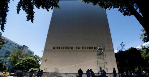 Ministério da Economia vê faturamento cair em 39 de 41 setores no Brasil por Covid-19