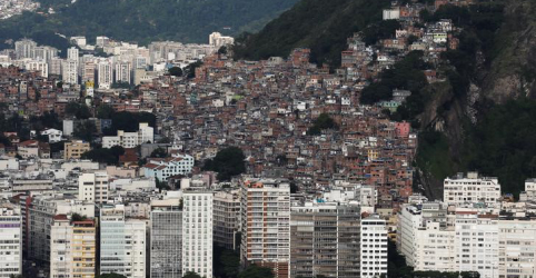 Placeholder - loading - Imagem da notícia Desigualdade no Brasil tem leve queda em 2019, mas coronavírus deve reverter trajetória