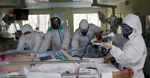 Placeholder - loading - Mais de 90 mil profissionais de saúde do mundo estão com Covid-19, diz grupo de enfermeiros