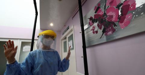 Placeholder - loading - Imagem da notícia Mortes diárias por coronavírus na Espanha voltam a cair, diz Ministério da Saúde