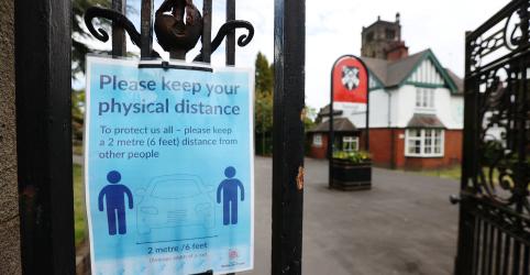 Placeholder - loading - Imagem da notícia Reino Unido anunciará afrouxamento muito limitado do isolamento, diz porta-voz