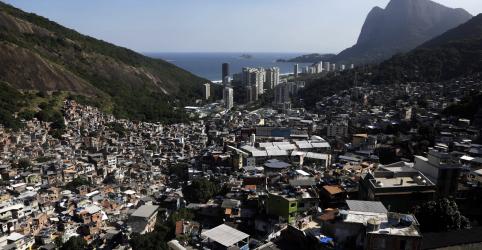 Placeholder - loading - Prefeitura do Rio determina fechamento do comércio em favelas para conter coronavírus