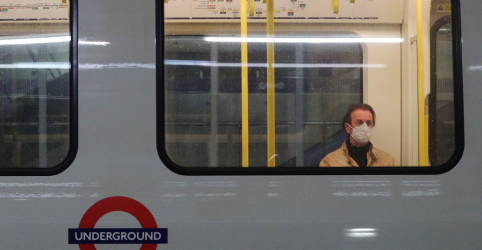 Placeholder - loading - Mortes por coronavírus no Reino Unido chegam a 38 mil, pior da Europa