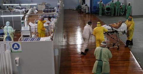 Placeholder - loading - Imagem da notícia Brasil não tem perspectiva no momento de estabilização ou diminuição de Covid-19, diz ministério